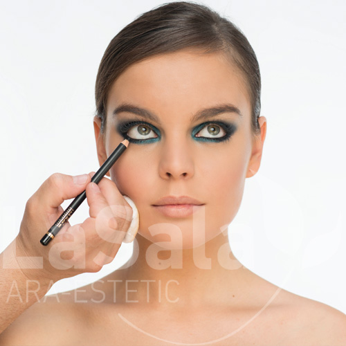 Taller maquillaje eventos abril 2016, Ara-Estetic
