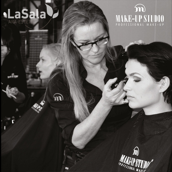 Curso Maquillaje Make-up Studio, Ara-Estetic